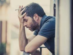 La cigarette contribue-t-elle à la schizophrénie?